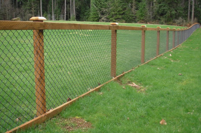 When Should You Choose Chain Link Fencing?