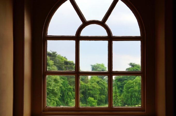 Should You Replace Your Windows Entirely or Just the Glass?